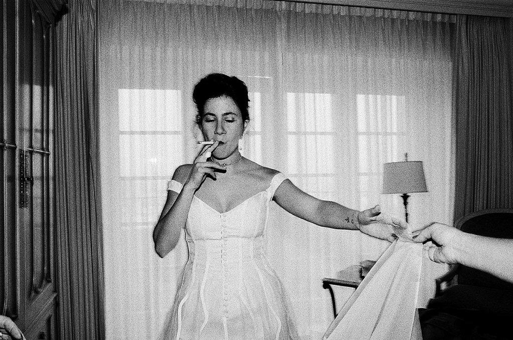 Last-cigarette-before-the-ceremony-25030033.jpg