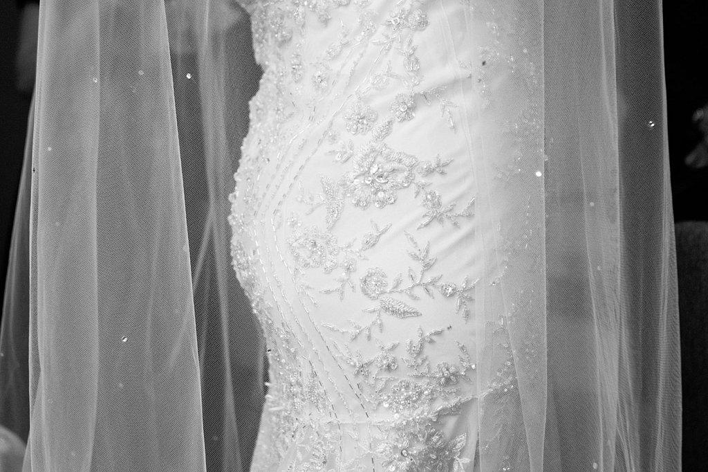 beaded-wedding-dress-and-veil-YF-2708-2.jpg