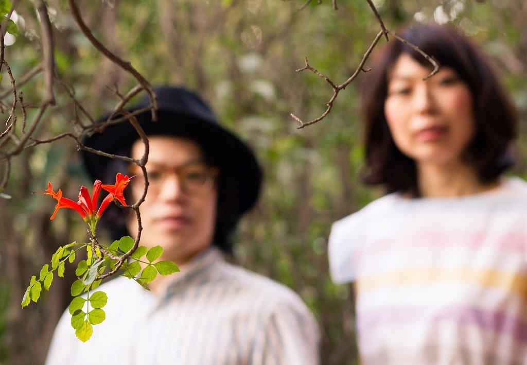 Akai-Kutsu-8182-2.jpg